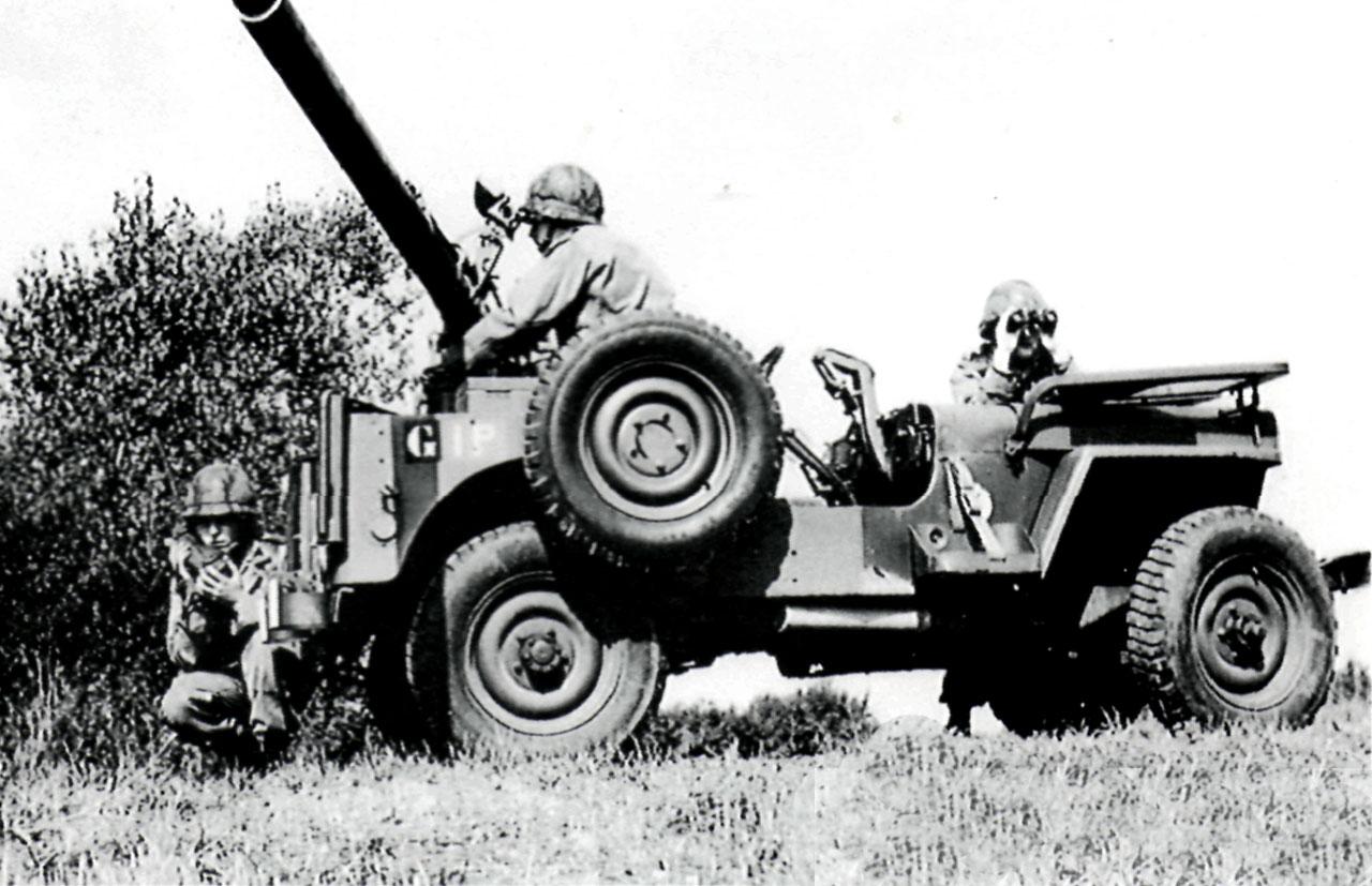 jeep-Hotchkiss-106mm